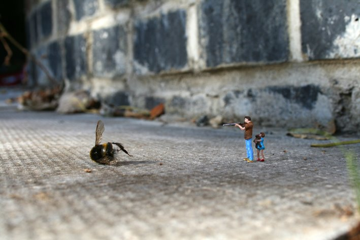 little_people_street_art_3